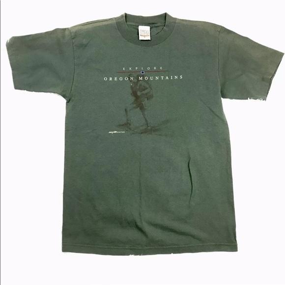 Suttons Sportswear Other - Explore Oregon Mountains Men's Souvenir Shirt M